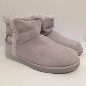 New Gray Plush Winter Boots SO Hangout Size 10
